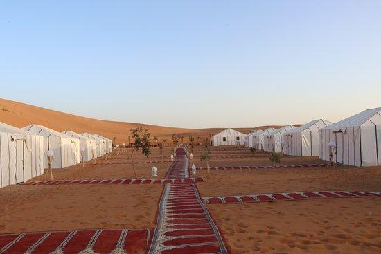 Alojamiento en el Desierto: Royal Oasis Camp